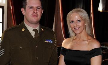 Army bomb disposal heroes honoured