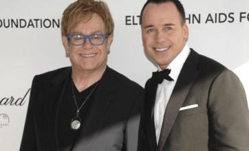 Elton 'blown away' by Oscar party