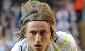 Redknapp won't let Modric go