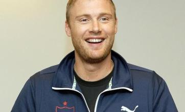 Flintoff to explore 'freelance' options