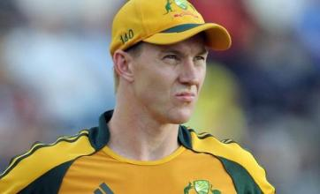 Harris replaces Lee in Twenty20 squad