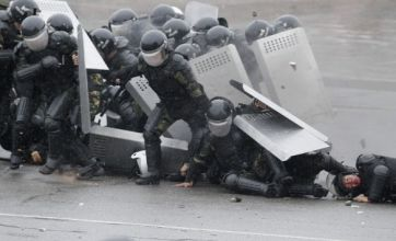 Police kill four Kyrgyzstan protesters