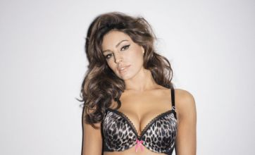 536f42af25 Kelly Brook shows off her curves in new Ultimo advert