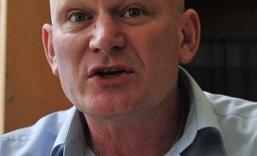Court blocks soccer fan extradition