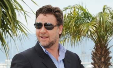 Russell Crowe: Ladders would've been problem for Robin Hood's tights