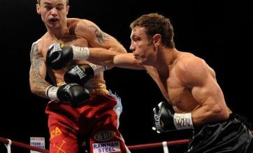 Katsidis blows Mitchell away