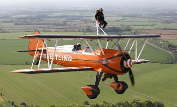 Lord Of The Rings star Kiran Shah becomes world's smallest wingwalker