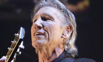 Ex-Pink Floyd star rebuilds Wall