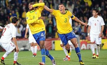 Brazil cruise past Chile and into quarter-finals