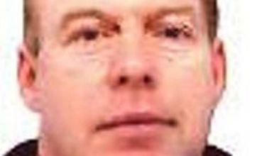 Whitehaven shootings: Police hunt 'gunman' Derrick Bird after 'number of deaths'