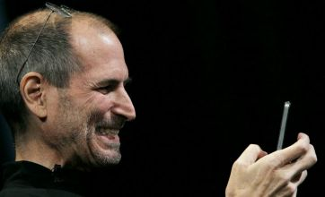 Apple iPhone 4 launch: Steve Jobs gets his wires crossed
