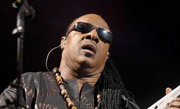Glastonbury closes with Wonder hits