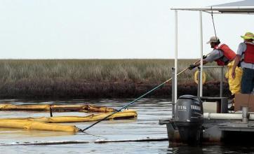 BP shares receive fresh battering