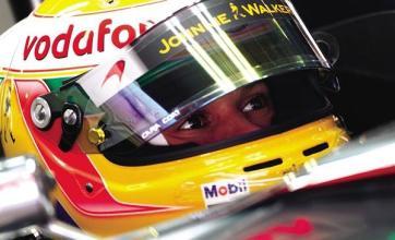 Hamilton hits out at Alonso