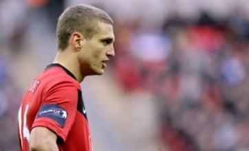 Nemanja Vidic ends transfer talk by agreeing Manchester United deal