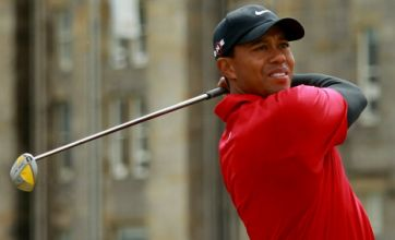 Tiger Woods switches back to old putter to revive Open campaign
