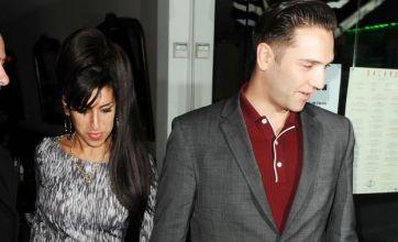 Amy Winehouse hits back at Reg Traviss sex allegations