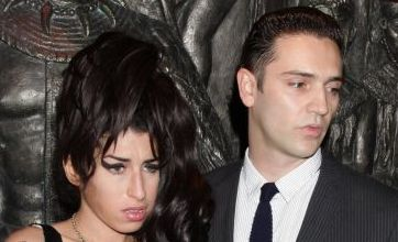 Amy Winehouse and Reg Traviss patch things up after row with night out