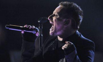U2 invited to headline Glastonbury 2011