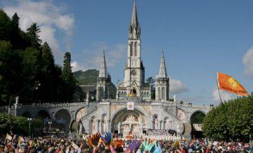 Bomb scare at Lourdes' Roman Catholic shrine hits 30,000 pilgrims