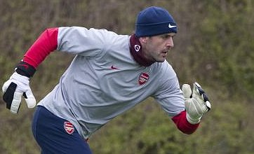 Manuel Almunia 'ready to quit Arsenal' over goalkeeper transfer speculation