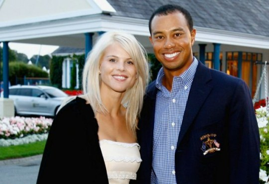 Happier times: Tiger Woods with Elin Nordegren in 2006 (Photo: David Cannon/Getty)