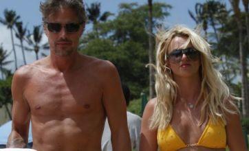 Britney Spears flaunts svelte new figure in tiny bikini