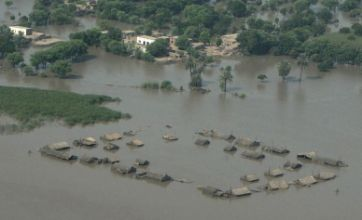 Pakistan towns in south threatened as Indus River breaks banks