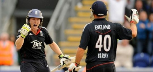 Winning stand: England's Eoin Morgan and Michael Yardy, right, celebrate victory over Pakistan Picture: Reuters