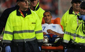 Theo Walcott and Robin van Persie to miss next six weeks for Arsenal