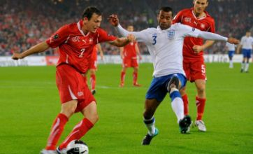 Final Third: Wayne Rooney should follow Ashley Cole's example