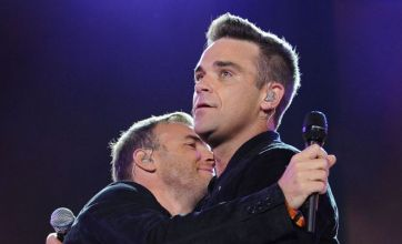 Robbie Williams reunites with 'captain' Gary Barlow