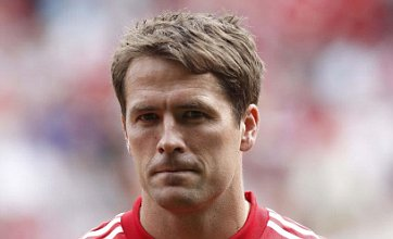 Aston Villa 'to wait for summer for Michael Owen transfer'