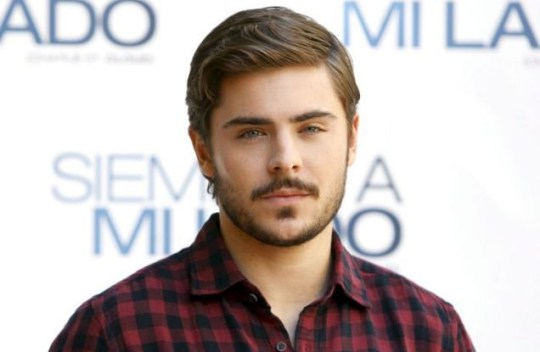 Zac Efron shows off new beard at Charlie St Cloud premiere | Metro News