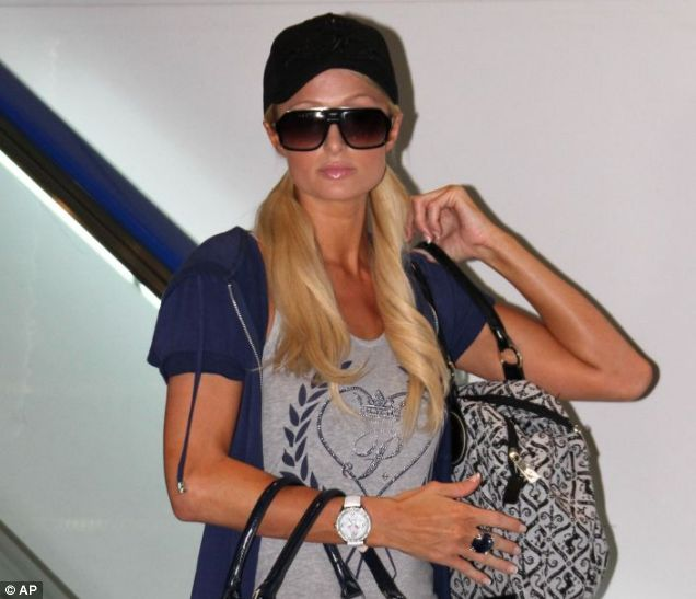 Paris Hilton is thrown out of Japan - looks like money can't buy you everything then...