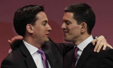 David Miliband urges supporters to back brother Ed