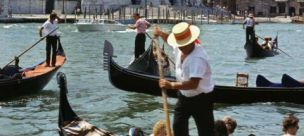 Gondoliers think O Sole Mio is one hull of an insult (Corbis)