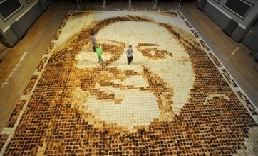 Mother-in-law gets toasted with portrait that breaks world record
