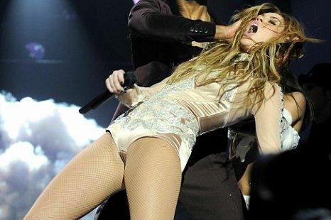 Miley Cyrus Visits German TV Show Ahead of MTV EMAs