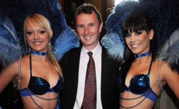 Nigel Evans MP outs himself as gay to end 'nastiness'