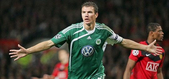 Manchester City claim to have agreed a fee with Wolfsburg for striker Edin Dzeko (Pic: EPA)