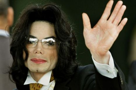Michael Jackson reportedly got his dentist to sedate his son for two hours, despite being told not to