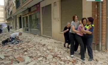 Spain earthquakes leave 10 dead in popular British holiday region