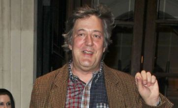 Stephen Fry joins The Hobbit cast