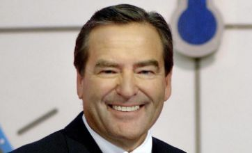 Jeff Stelling quits Channel 4 show Countdown to focus on Sky Sports