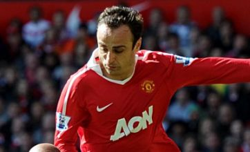 Dimitar Berbatov 'to be offered back to Spurs' after Champions League final snub