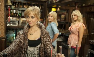 Coronation Street: Becky takes the Rover's from Stella