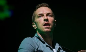 Glastonbury Festival 2011: Coldplay wow and Pulp thrill with secret gig