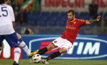Mirko Vucinic 'set to snub Spurs and Man United' to join Juventus