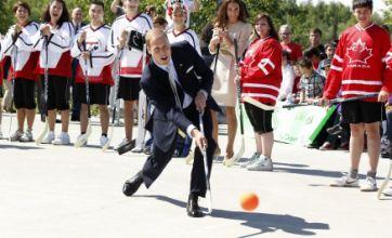 Prince William's street hockey skills go awry